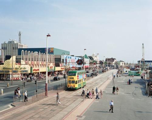 Blackpool-promenade-lancashire_roberts