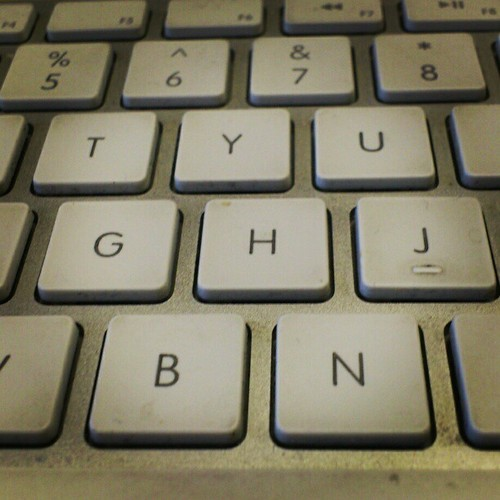 Garry_cook_journalist_keyboard